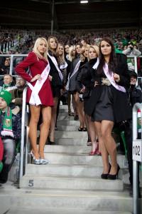 Piłkarska_Miss_Śląsk_Wrocław_Wisła_Kraków_Trybuny