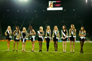 Podczas meczu Śląsk - Wisła we Wrocławiu odbyła się uroczysta prezentacja najpiękniejszych finalistek konkursu