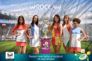 piłkarska_miss_Euro_2012_prezentacja_pucharu